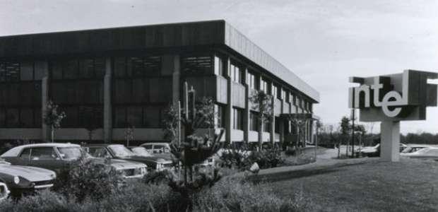 Intel completa 50 anos e relembra tecnologias que ...