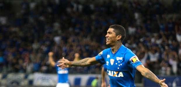 Com Barcos discreto, Cruzeiro bate o América de virada