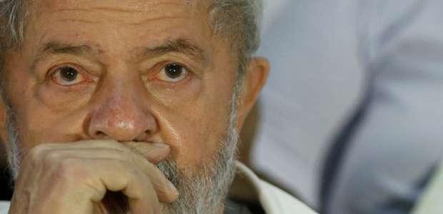 Relator vota por aumentar pena de Lula no caso do sítio