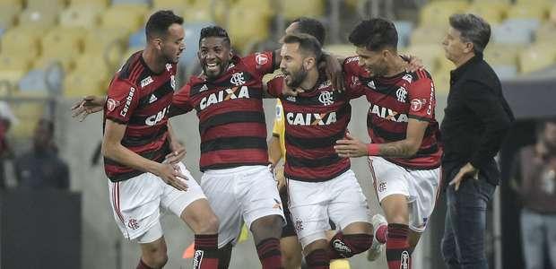 Flamengo derrota o Grêmio e avança na Copa do Brasil