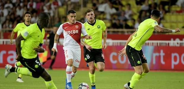 Falcão perde pênalti e Monaco fica no empate com o Lille