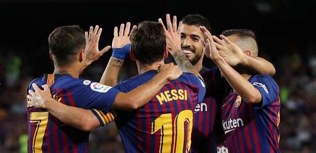Messi marca gol à la Ronaldinho e Barça vence no Espanhol