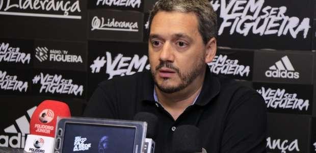 Diretor do Figueira relata conversa com jogadores para ...