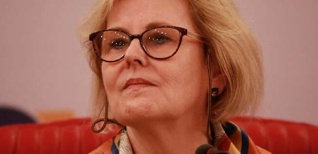 Weber rebate Eduardo Bolsonaro sobre fechamento do STF
