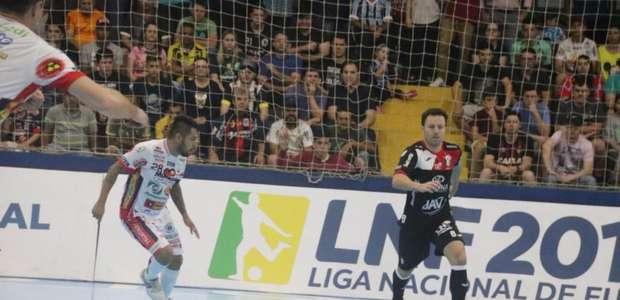 Futsal: Cascavel e Joinville empatam no primeiro jogo ...