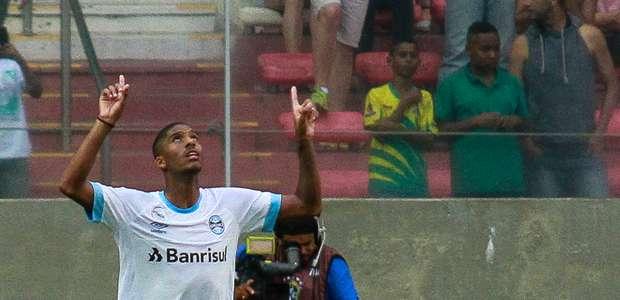 Grêmio empata com o América-MG e fica mais longe do título