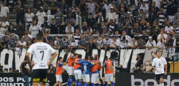 Luiz Gomes: 'As diferenças entre Cruzeiro e Corinthians'