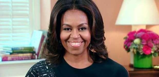 Michelle Obama revela aborto espontâneo e fertilização