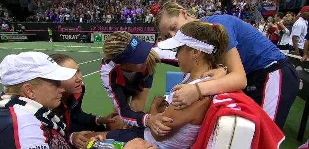 Tênis: Fed Cup: Lágrimas na final Siniakova x Kenin ...