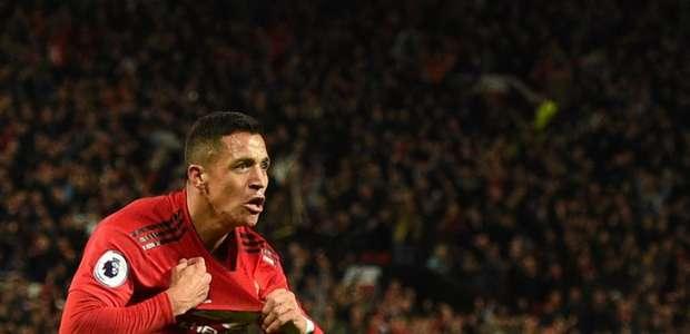 Insatisfeito no Manchester United, Sánchez é oferecido ...