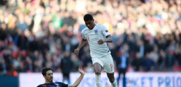 Inglaterra se classifica à fase final e rebaixa Croácia