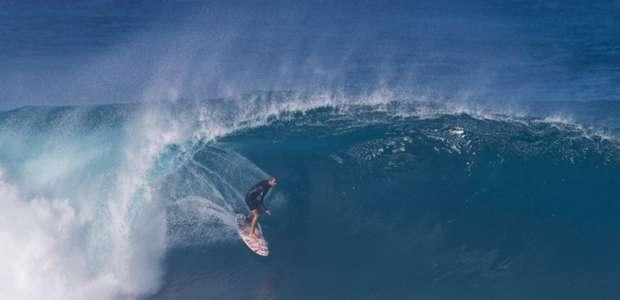 Por conta da condição das ondas, etapa de Pipeline da ...