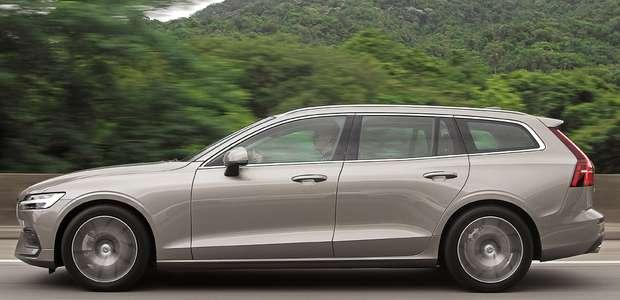 Avaliação: Volvo V60 está adoravelmente fora de moda