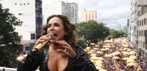 Daniela Mercury fecha Carnaval para multidão no centro de SP