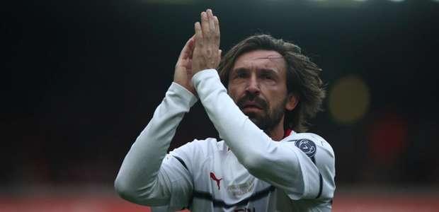 Com Kaká, Pirlo e Gerrard, Liverpool bate Milan em ...