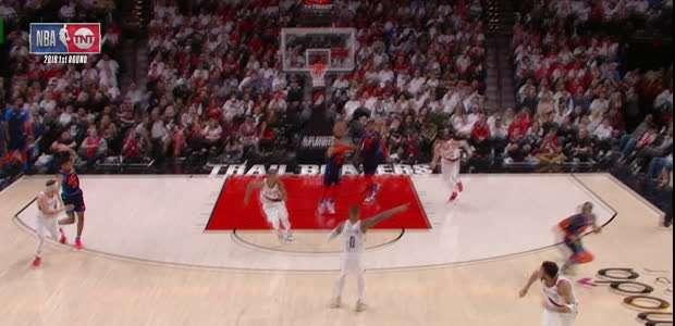 NBA: Assistência de Westbrook atravessa a quadra para ...