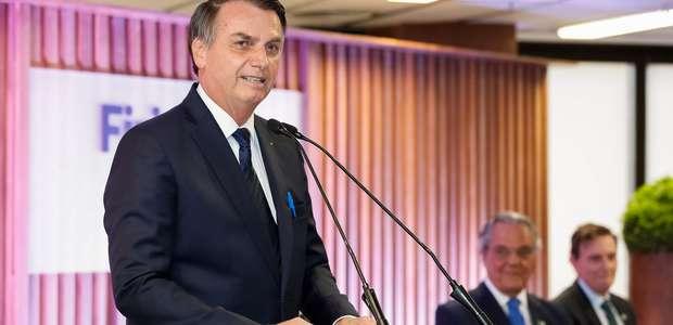 Grande problema do Brasil é classe política, diz Bolsonaro