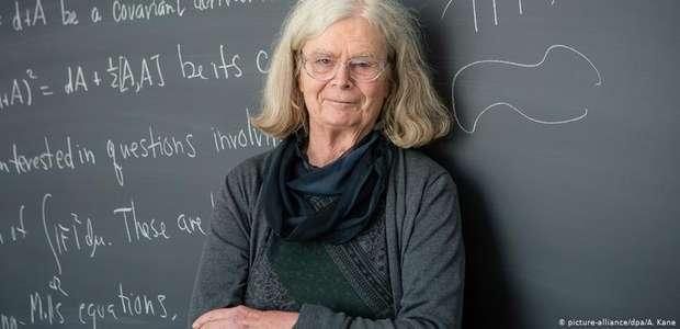 """Americana é a primeira mulher a ganhar """"Nobel da Matemática"""""""