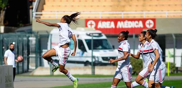 Com gol do meio campo, São Paulo bate Palmeiras no feminino