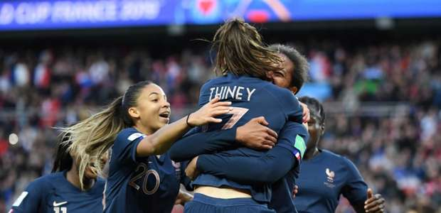 França bate a Coreia do Sul na estreia da Copa feminina