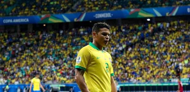 Brasil tem três gols anulados e só empata com a Venezuela