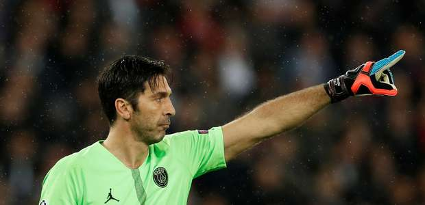 Buffon acerta volta à Juventus após um ano no PSG