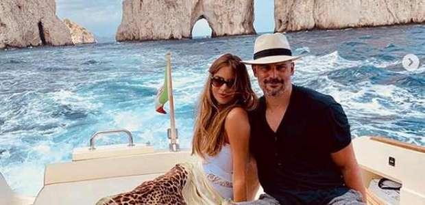 Sofia Vergara comemora cinco anos de relacionamento