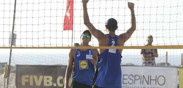 Alison/Álvaro e André/George avançam às semifinais no ...