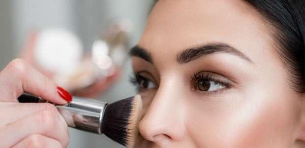 8 dicas de ouro para sua maquiagem durar muito mais tempo