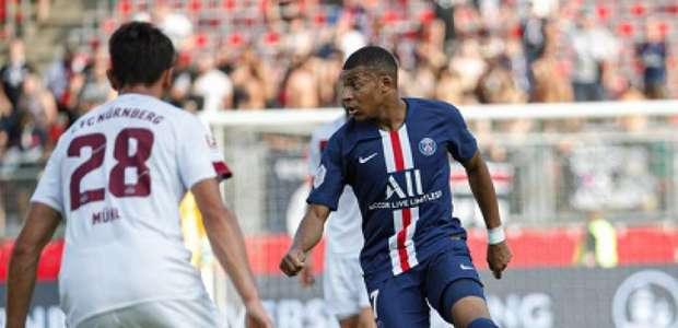 Mbappé segue sem convicções em renovar seu contrato com ...