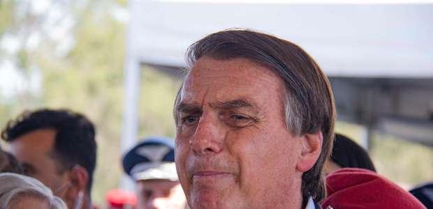 """Bolsonaro: Macron """"potencializa ódio do Brasil por vaidade"""""""