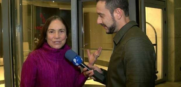 """""""Autorizada a me expressar"""", diz Regina Duarte sobre ..."""