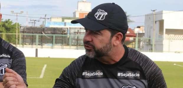 Técnico do Ceará demonstra extrema irritação com a ...