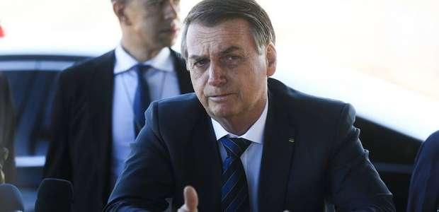 Bolsonaro dá resposta evasiva sobre privatizar a Petrobras