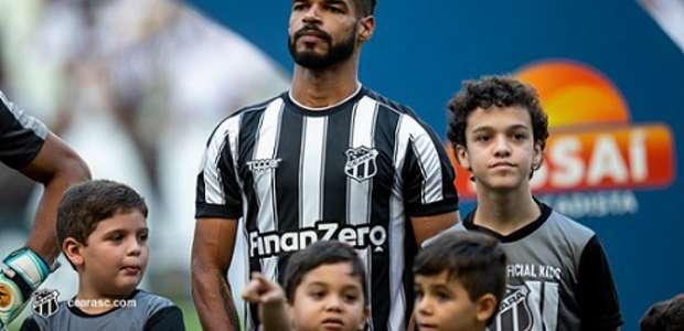 Contra o Flamengo, Valdo completará 100 jogos com a ...
