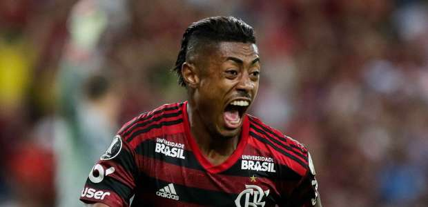 Flamengo bate o Inter e abre vantagem pela Libertadores