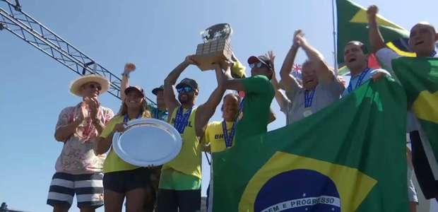 Italo Ferreira arranca 10 na final e é campeão dos ISA Games