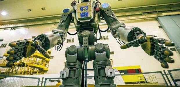"""Rússia aposenta robô espacial """"Fedor"""""""