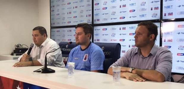 Matheus Costa quer melhorar o desempenho dos atacantes ...