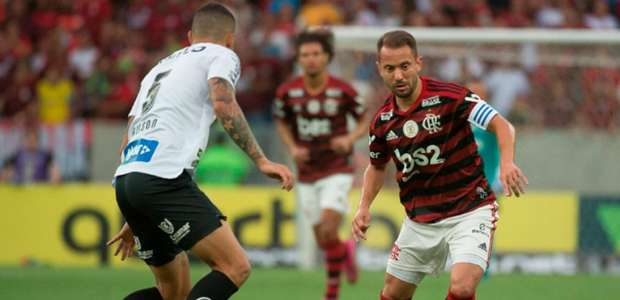 No Flamengo, Everton Ribeiro segue a comandar melhor ...