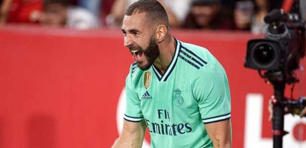 Benzema marca e Real Madrid vence Sevilla fora de casa