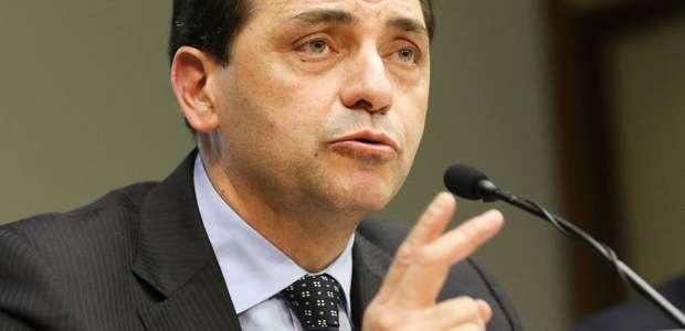Secretário: governo acabará com adicional de 10% sobre FGTS