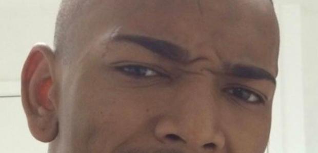 Nego do Borel usa acessório de R$ 8 mil no dente; confira