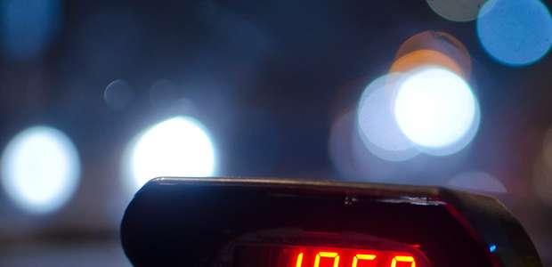 Prefeitura de SP permite 'Bandeira 3' para taxistas