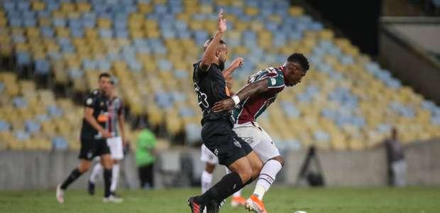 Fluminense cede empate ao Atlético-MG, mas sai da degola ...
