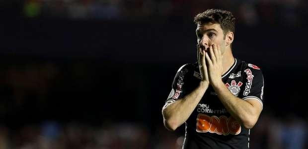 Corinthians se reapresenta com seis garotos da base; ...