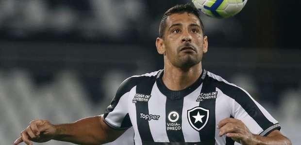 Pai de Diego Souza torce por retorno do filho ao Sport