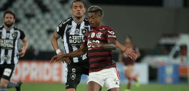 Botafogo e Flamengo são multados por confusão em clássico