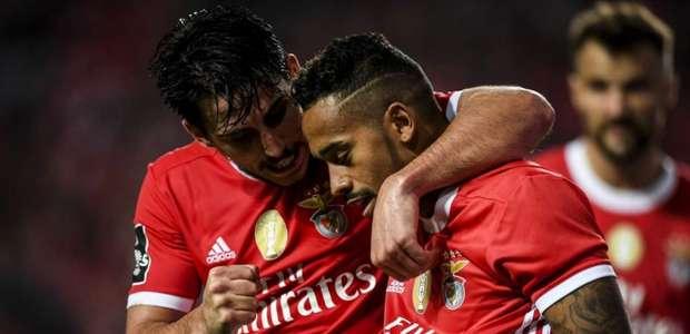 Brasileiro marca pela primeira vez, e Benfica goleia o ...
