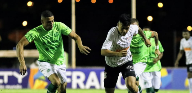 Corinthians bate o Juventude e garante vaga nas oitavas ...